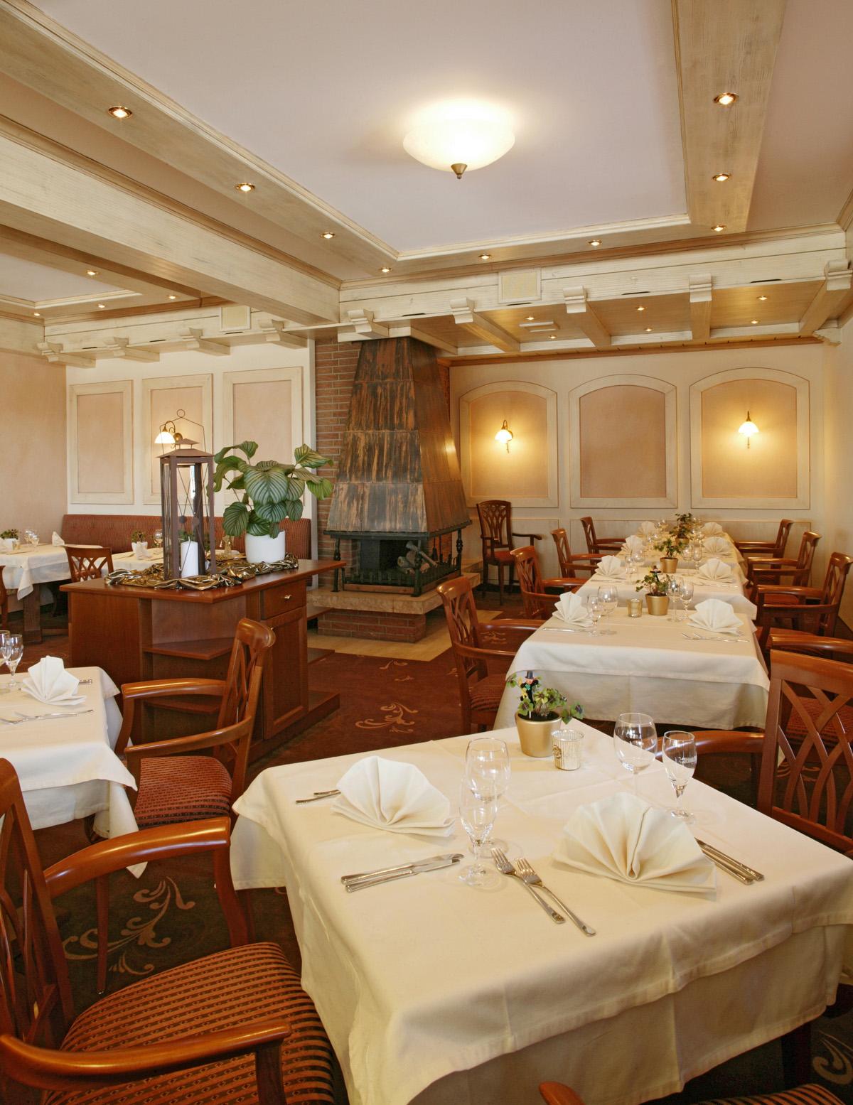 Restaurant - Hotel Schwarzwald Sonnenhof, Schömberg/Langenbrand