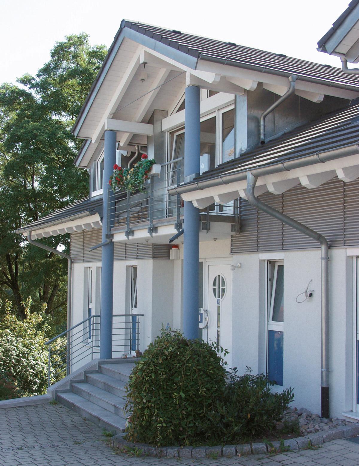 Großzügiger Eingang - Einfamilienhaus, Simmersfeld